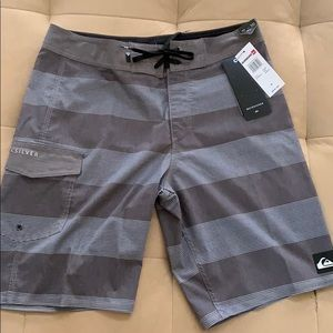 NWT Quiksilver Surf Board Shorts size 31